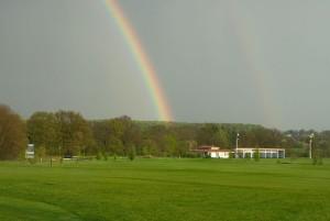 Regenbogen über Clubhaus Bremer Schweiz